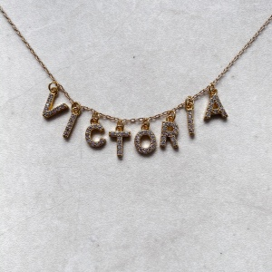 "Collier ""WORD"" OR personnalisable"