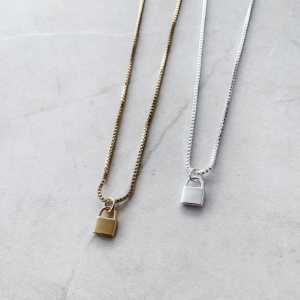 """COLLIER """"HOME LISSE"""""""